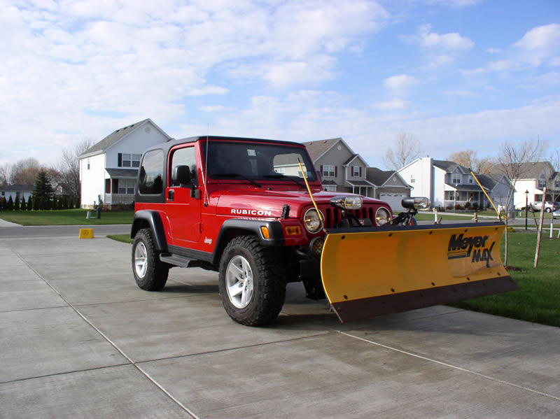 plowing with a jeep wrangler rubicon trail ride wheatfield ny. Black Bedroom Furniture Sets. Home Design Ideas