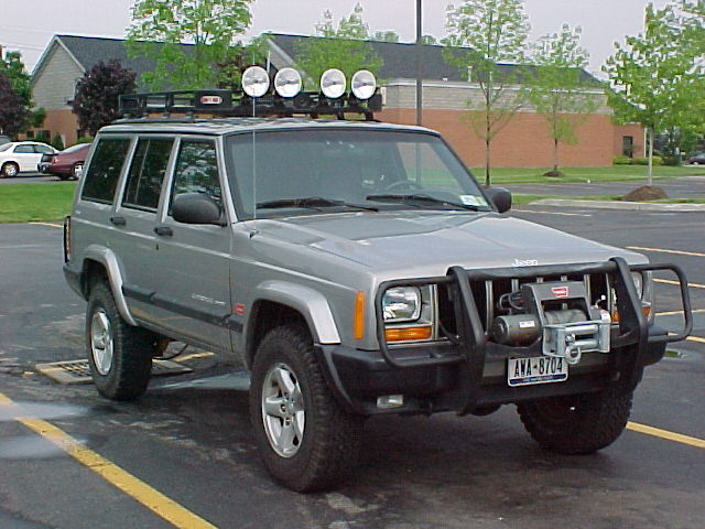 2000 Cherokee with Old Man Emu Suspension lift kit.